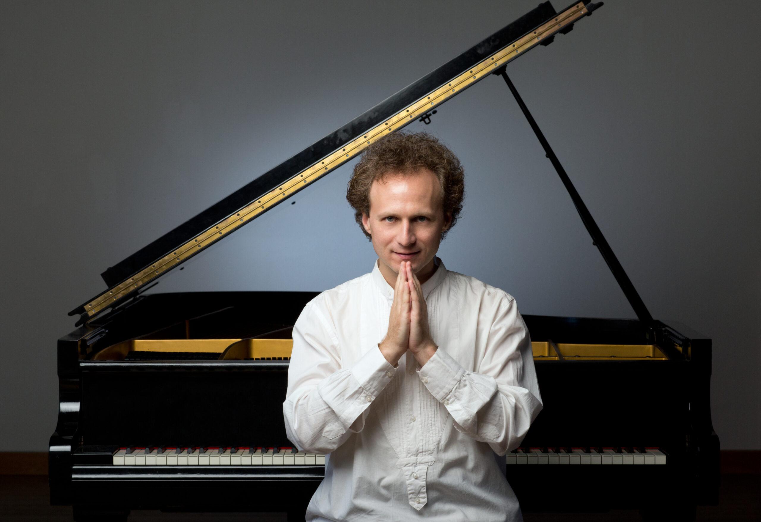 15.12./20:25h Leon Gurvitch – Solo Piano – Joy to the World