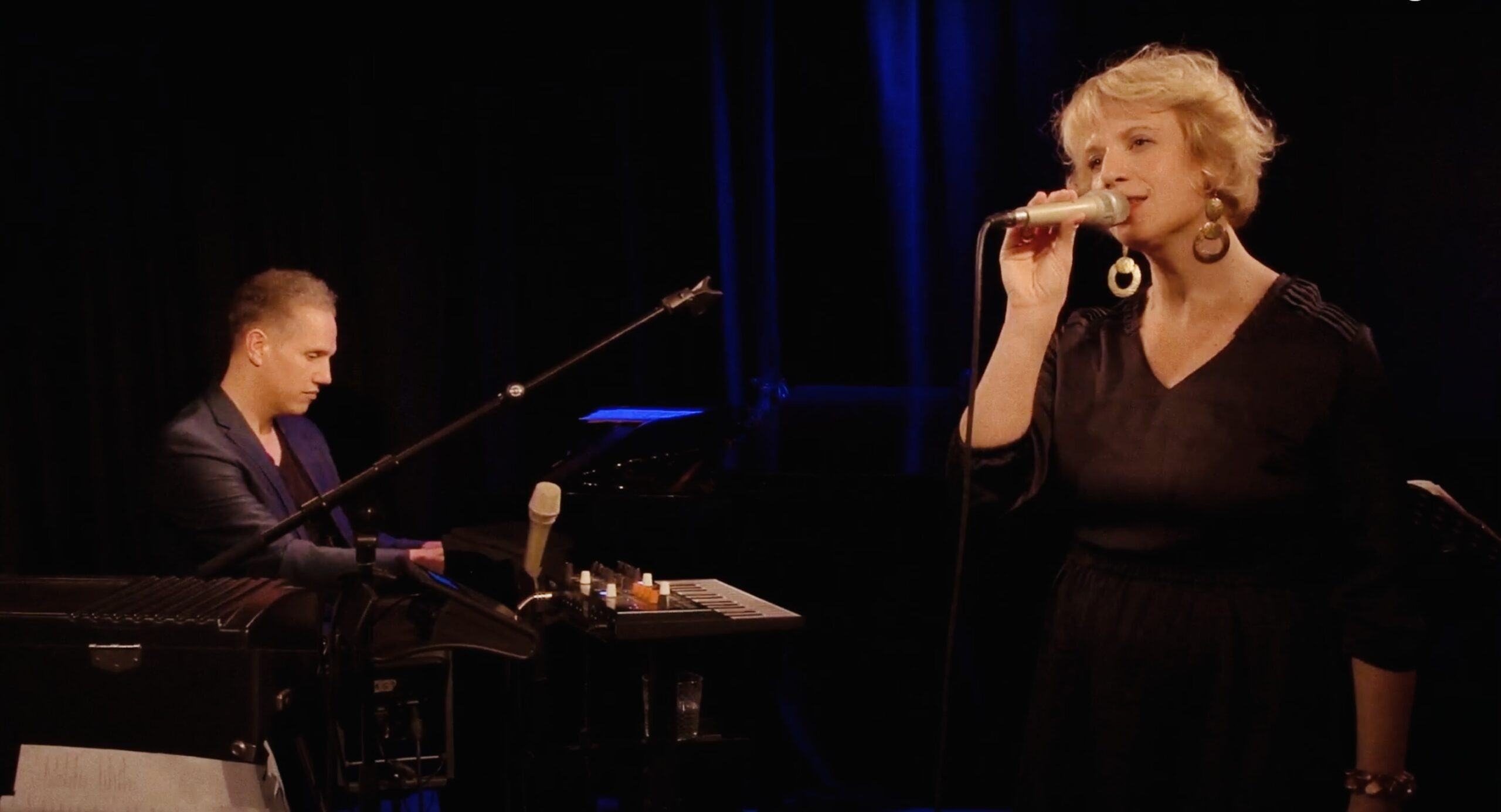 02.05/20:25h Live – Esther Kaiser & Tino Derado – Water